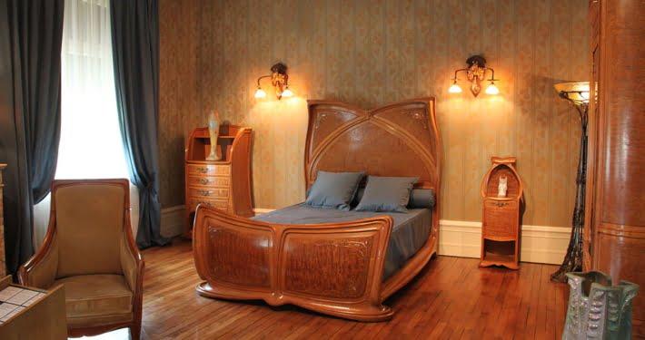 Les grands designers de meubles en bois