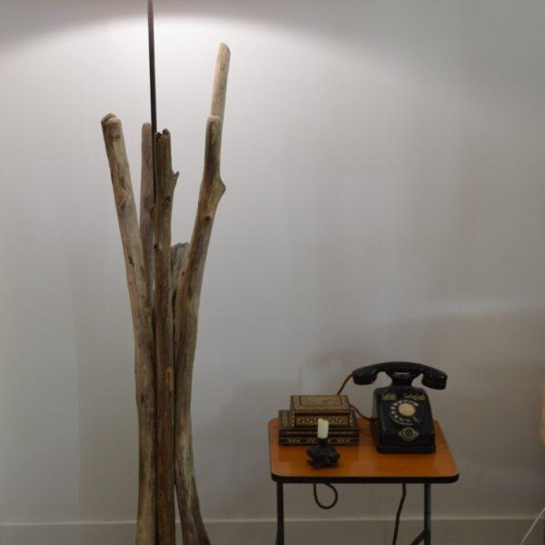 SOPHIA - Lampe bois flotté avec abat-jour